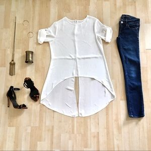 Tops - High-low short sleeve blouse with split back white